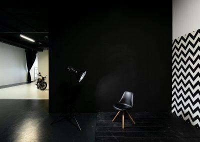 Schwarze Wand, Hohlkehle Motorrad.